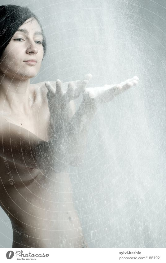 backe, backe kuchen ... Jugendliche Hand schön Akt Gesicht Erotik nackt Junge Frau Haare & Frisuren Kopf Körper Regen Haut Lebensmittel Arme Finger