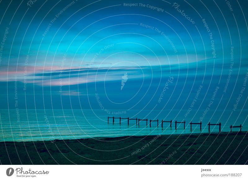 Es war einmal ein Steg. Natur Wasser schön alt Himmel Meer Ferien & Urlaub & Reisen See Stimmung Kraft Wellen Küste Umwelt Horizont Hoffnung Farbe