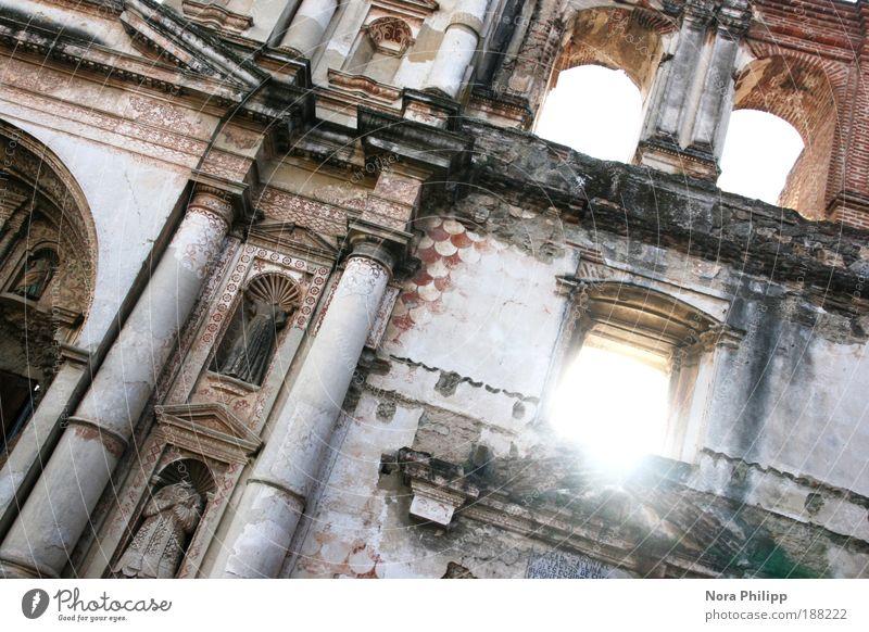La ruina Himmel alt Sonne Ferien & Urlaub & Reisen Fenster Wand Architektur Gebäude Mauer Fassade Tourismus Kirche leuchten Bauwerk Säule