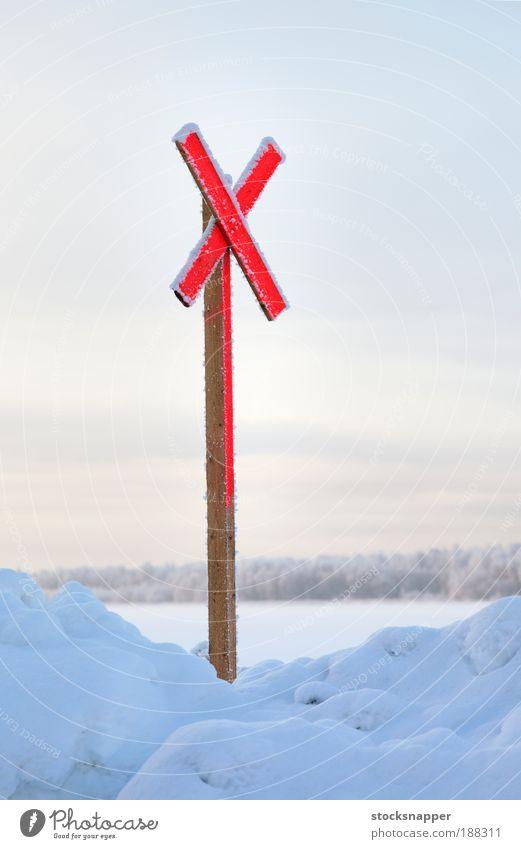 rot Winter kalt Schnee Zeichen Mark durchkreuzen Arktis