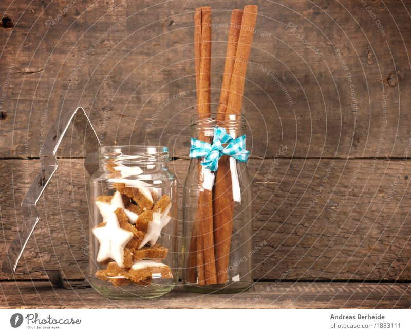 Zimtsterne Süßwaren Schalen & Schüsseln Weihnachten & Advent lecker süß cinnamon cookies Hintergrundbild wooden traditional food sweet brown natural holiday