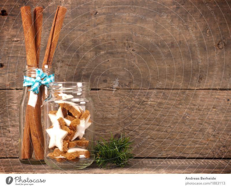 Zimtsterne im Glas Teigwaren Backwaren Süßwaren Weihnachten & Advent lecker süß cinnamon cookies wooden traditional food sweet brown natural holiday concept