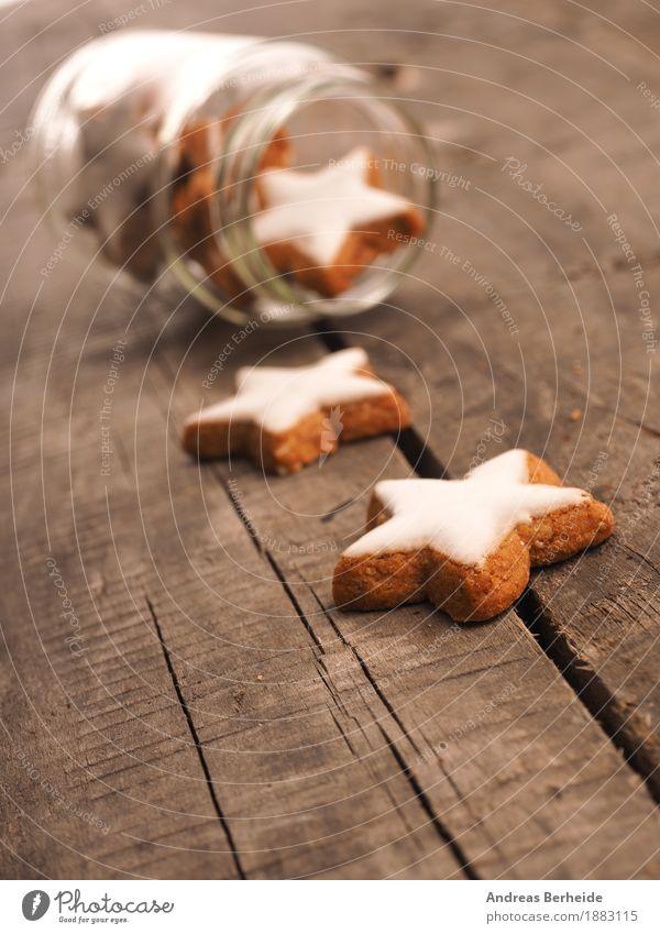 Zimtsterne Teigwaren Backwaren Süßwaren Weihnachten & Advent Duft lecker süß cinnamon cookies wooden traditional food sweet brown natural holiday concept space