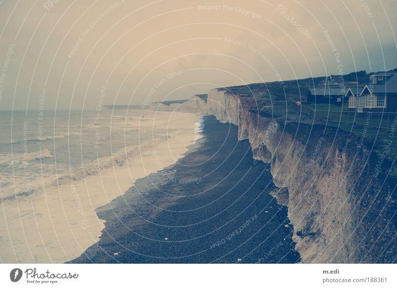 Kreideküste Umwelt Natur Landschaft Erde Sand Wasser Himmel Wolken Horizont Herbst Wind Sturm Felsen Wellen Küste Seeufer Strand Bucht Nordsee Insel England