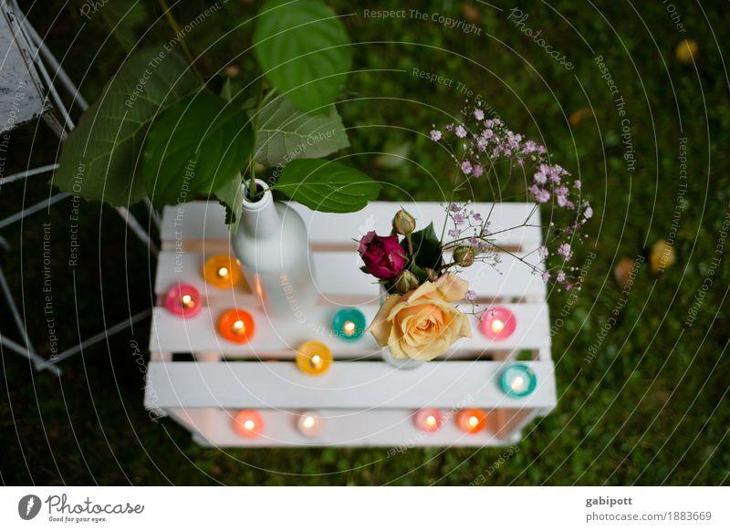 Roman-tisch Lifestyle Freude Zufriedenheit Sinnesorgane Duft Freizeit & Hobby Sommer Häusliches Leben Garten Tisch Kerze Blumenvase Veranstaltung Feste & Feiern