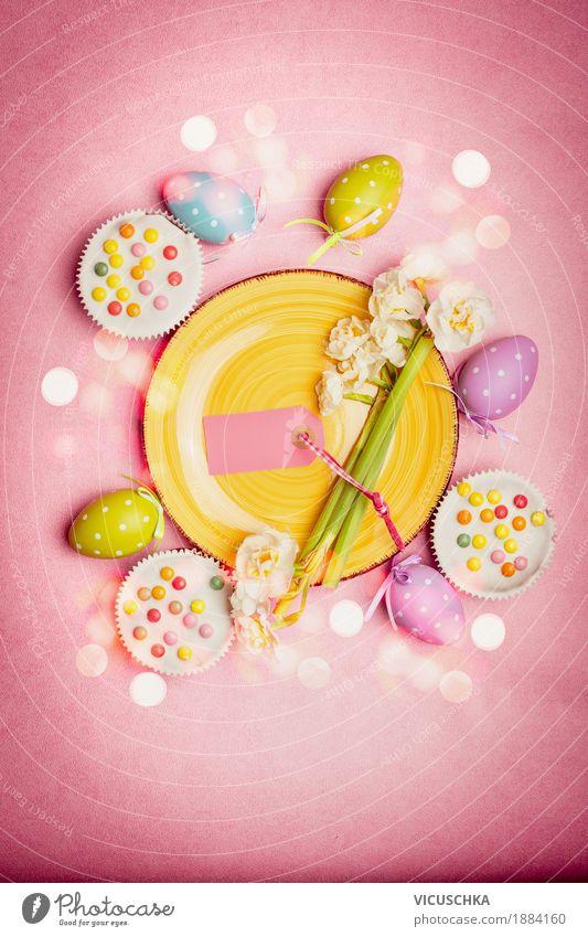 Schönes Ostern Tischdeko in Pastellfarbe Blume gelb Lifestyle Innenarchitektur Stil Feste & Feiern Design rosa Ernährung Dekoration & Verzierung Restaurant