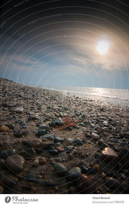 Ostseestrand Natur Meer Sommer Strand Ferien & Urlaub & Reisen ruhig Wolken Erholung Freiheit Stein Sand Wellen Umwelt Horizont Licht ästhetisch