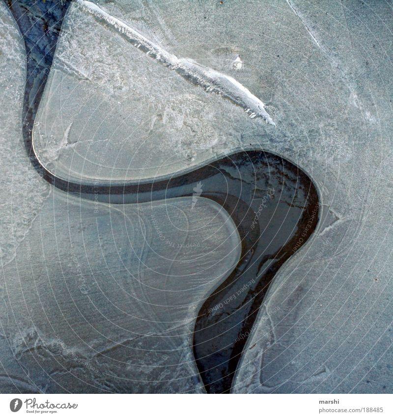 sich seinen Weg bahnen Natur Wasser weiß Winter kalt Wege & Pfade See Eis Wetter Frost Fluss Strukturen & Formen Farbe Klima Kurve Teich