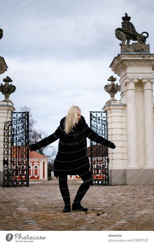 tanzende Königin 1 Lifestyle elegant Stil Freude Leben harmonisch Freizeit & Hobby Spielen Ferien & Urlaub & Reisen Tourismus Ausflug Abenteuer Freiheit