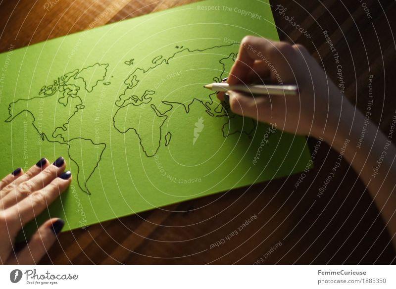 Welt. feminin Junge Frau Jugendliche Erwachsene 1 Mensch 13-18 Jahre 18-30 Jahre 30-45 Jahre Wachstum Erde Wissen Weltkarte zeichnen Bleistift Hand gemütlich