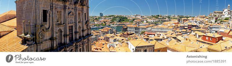 Blick über Porto Ferien & Urlaub & Reisen Himmel Wolkenloser Himmel Sommer Wetter Schönes Wetter Wärme Fluss Douro Portugal Stadt Altstadt Haus Kirche Bauwerk