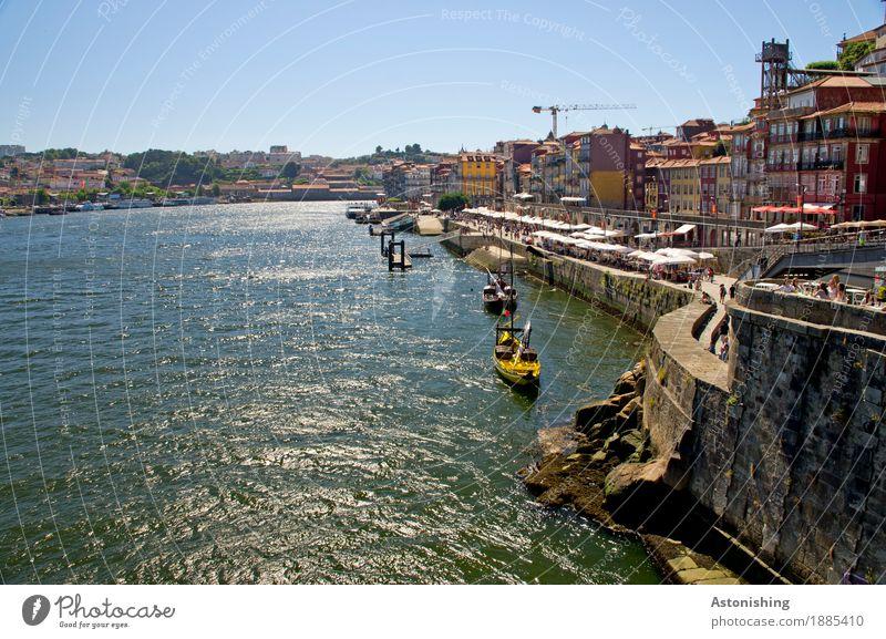 Promenade in Porto Natur Ferien & Urlaub & Reisen alt blau Sommer Stadt Wasser Haus Reisefotografie Umwelt Küste Gebäude Mauer Stein Tourismus Fassade