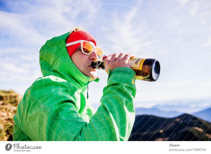 Gipfelhoibe Natur Ferien & Urlaub & Reisen Jugendliche grün Junge Frau Sonne Landschaft Erholung 18-30 Jahre Berge u. Gebirge Erwachsene Herbst Lifestyle