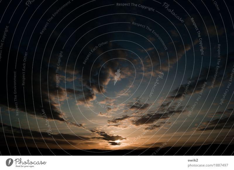 Naturgewalt Umwelt Himmel Wolken Horizont Schönes Wetter leuchten geduldig ruhig Energie Ewigkeit Hoffnung Ferne Weltall Zukunft aufgehen Farbfoto