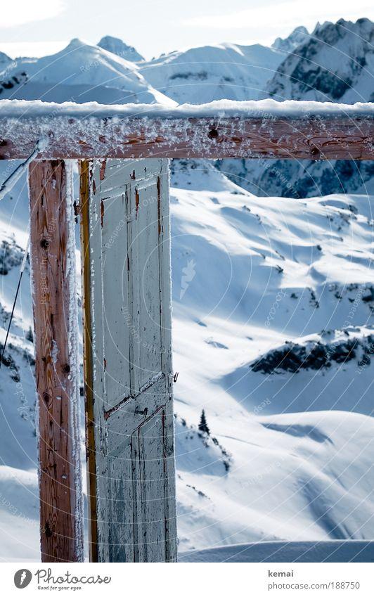 Porta Alpinae Ferien & Urlaub & Reisen schön weiß Landschaft ruhig Winter Berge u. Gebirge Schnee Holz Kunst braun Horizont Tourismus Tür Ausflug Schönes Wetter