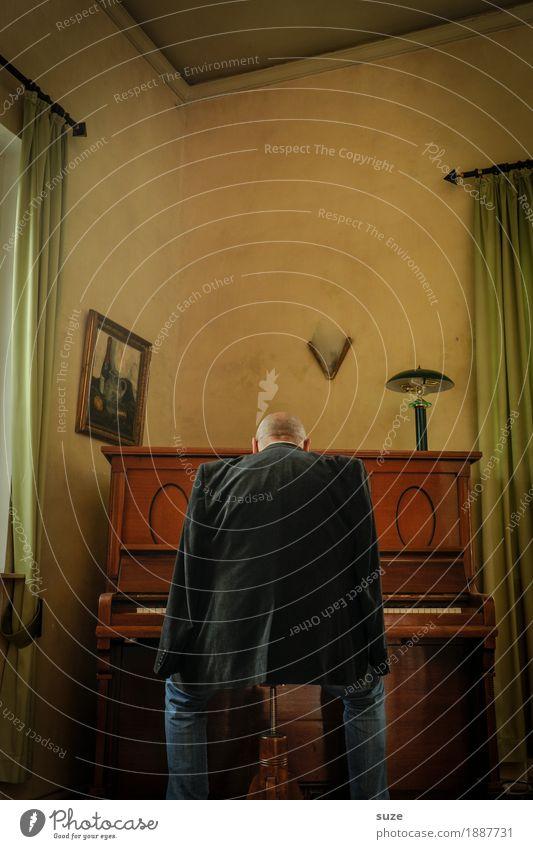Spiel auf Zeit Stil Freizeit & Hobby Musik Mensch maskulin Mann Erwachsene Männlicher Senior Rücken 45-60 Jahre Kultur Konzert Musiker Klavier Jacke hören