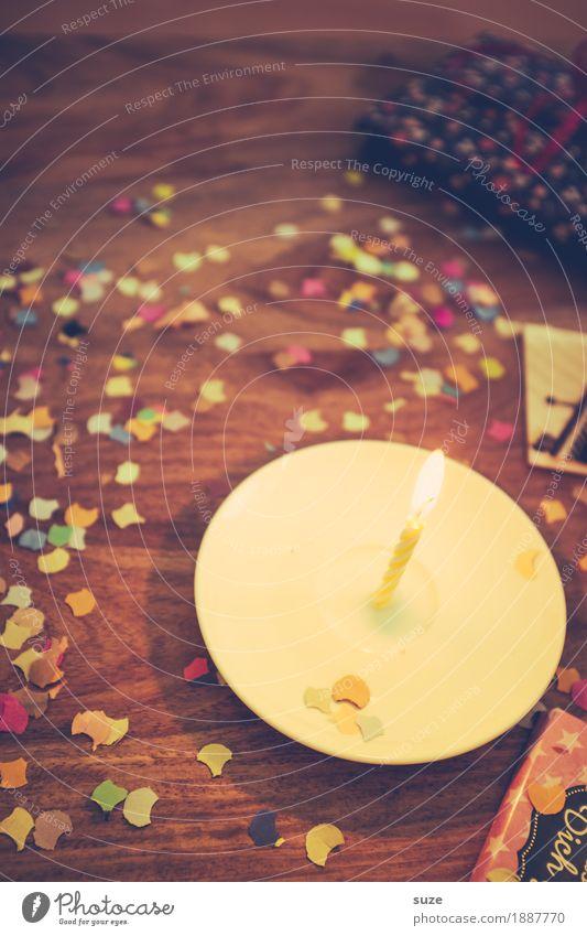 Dein Tag Lifestyle Freude Glück Freizeit & Hobby Tisch Feste & Feiern Geburtstag Dekoration & Verzierung Kerze Kitsch Krimskrams Holz Zeichen leuchten alt retro