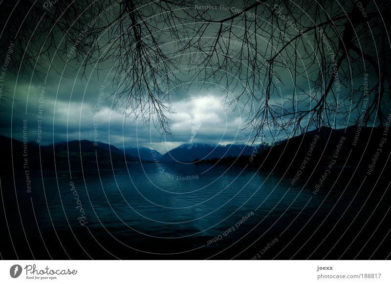 Licht und Dunkel [444 -> RUNDE!] Umwelt Luft Wasser Wolken Herbst Winter schlechtes Wetter Gewitter Baum Berge u. Gebirge See dunkel grün ruhig Sehnsucht