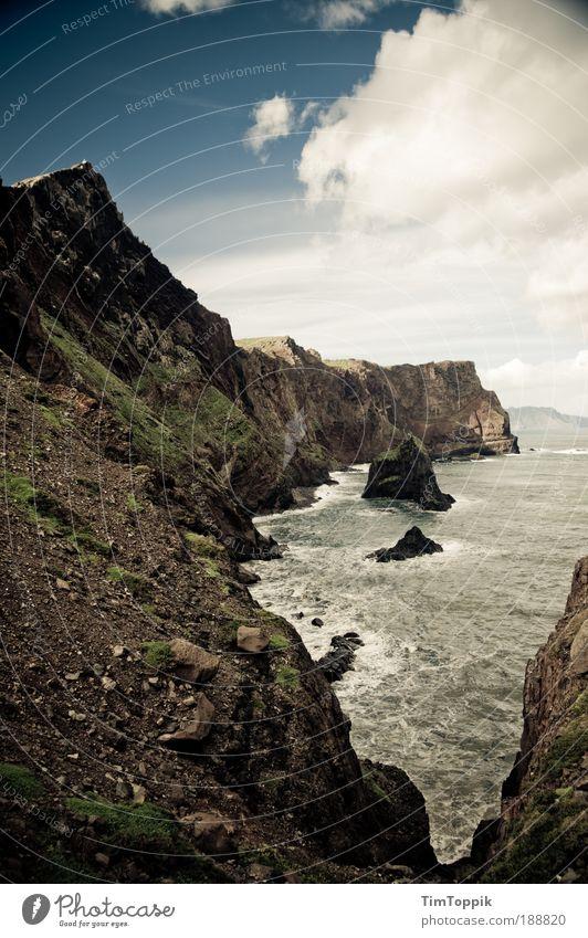 Ponta de São Lourenço Himmel Meer Wolken Berge u. Gebirge Landschaft Küste Insel Gipfel Bucht Portugal Klippe Bergkette Felsen Geröll Madeira Südeuropa