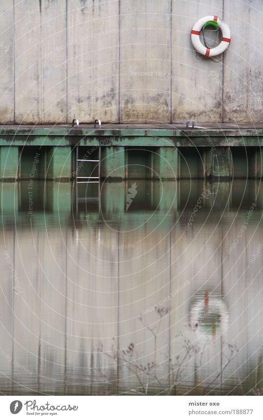 Lahn_Stillleben Natur Wasser grün blau ruhig Einsamkeit grau Angst dreckig Fluss Schwimmbad bedrohlich Hafen außergewöhnlich Leiter Flussufer