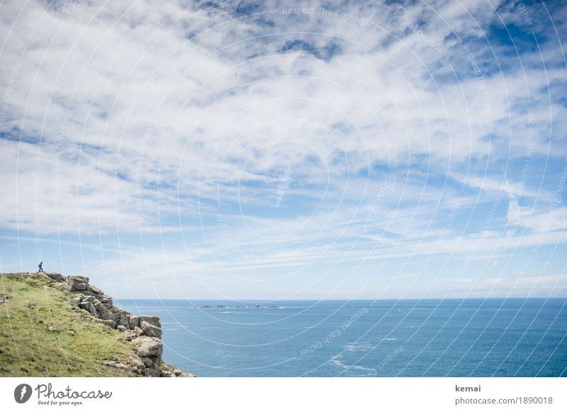 Land's End Mensch Himmel Natur Ferien & Urlaub & Reisen blau Sommer grün schön Meer Landschaft Wolken ruhig Ferne Küste Freiheit Felsen