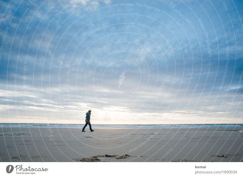 When you're lost and all alone Erholung ruhig Freizeit & Hobby Abenteuer Ferne Freiheit Strand Meer Wellen Mensch 1 Natur Himmel Wolken Wetter Sandstrand