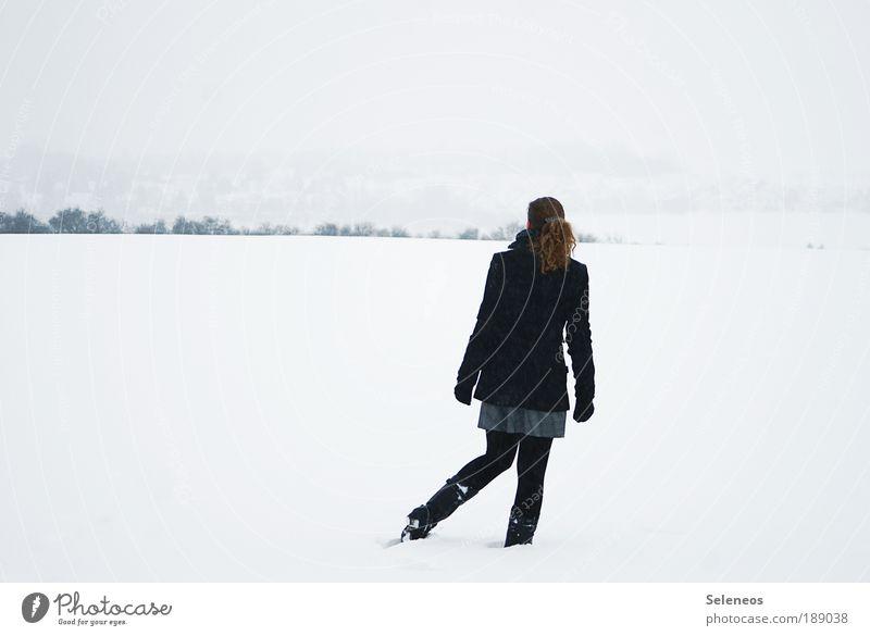 look for daisys Mensch Himmel Natur Jugendliche weiß Ferien & Urlaub & Reisen Winter Einsamkeit feminin Leben kalt Schnee Umwelt Landschaft Gefühle Eis