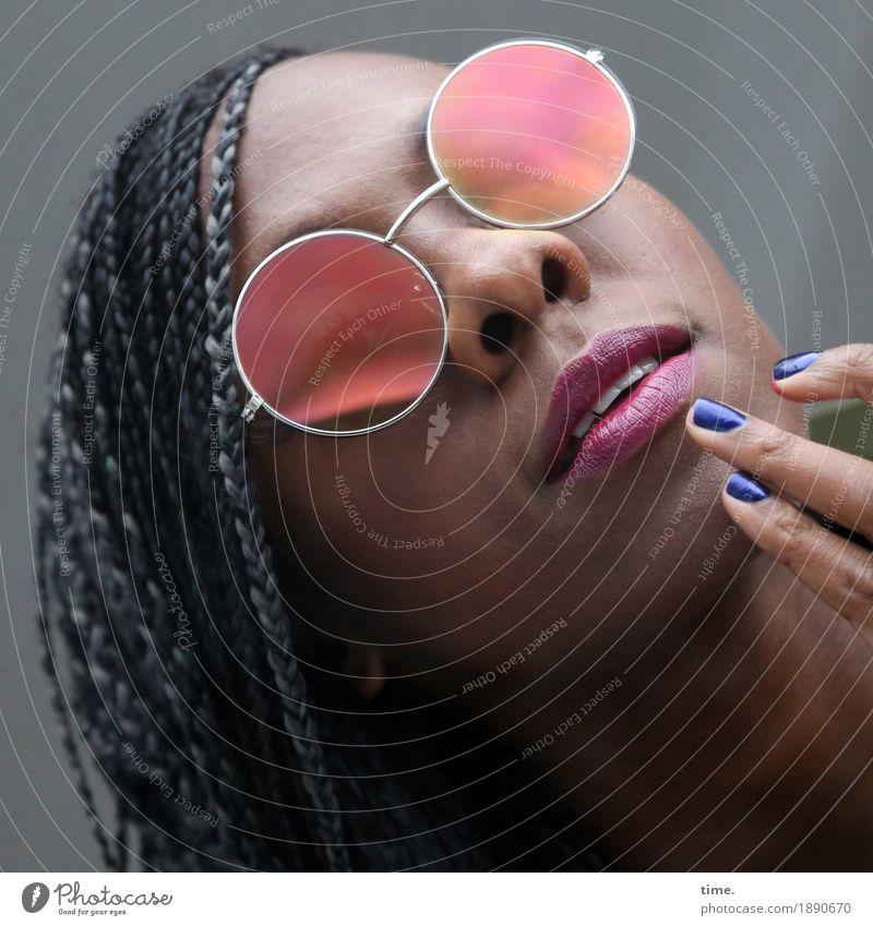 . Mensch schön Leben Bewegung feminin außergewöhnlich Haare & Frisuren elegant Kreativität lernen beobachten Coolness berühren Neugier Leidenschaft Wachsamkeit