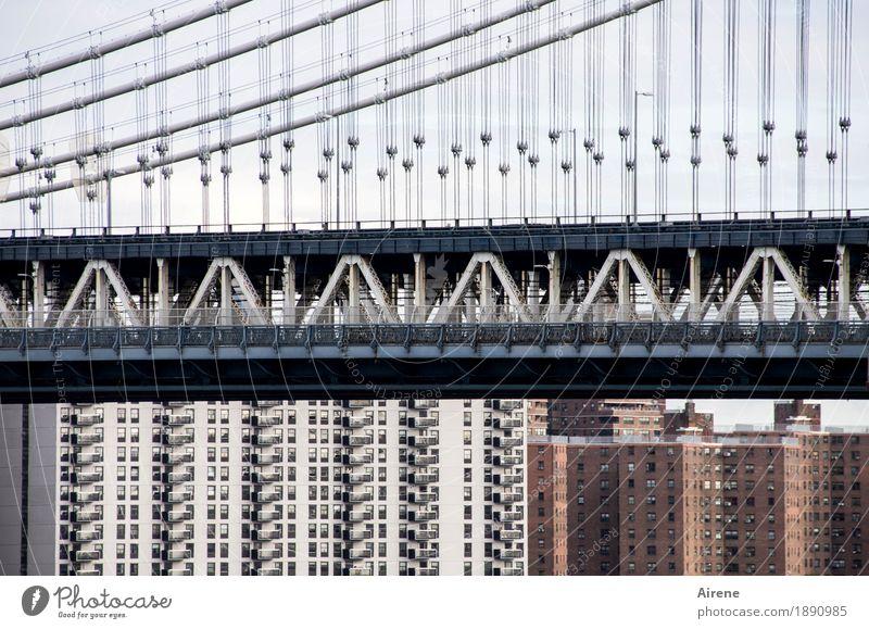 drunter oder drüber New York City Amerika Stadt Stadtzentrum Hochhaus Brücke Hängebrücke Fassade Sehenswürdigkeit Verkehrswege Schienenverkehr Beton Metall