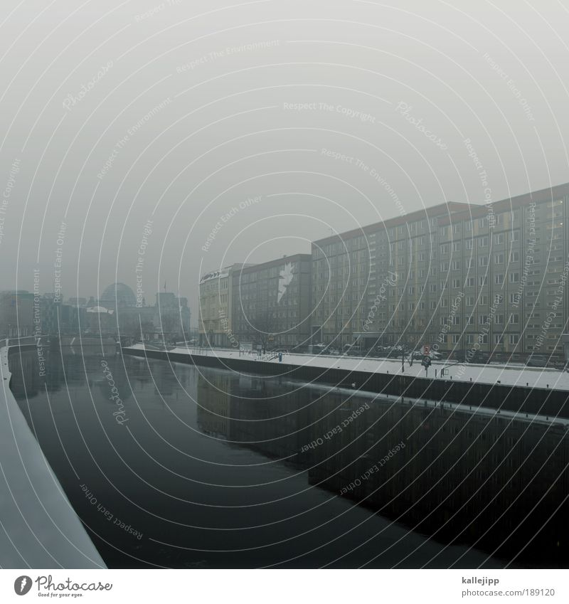plattensee Stadt Winter Haus Schnee Berlin Traurigkeit Eis Küste Deutschland Nebel Wetter Umwelt Hochhaus Frost Tourismus Fluss