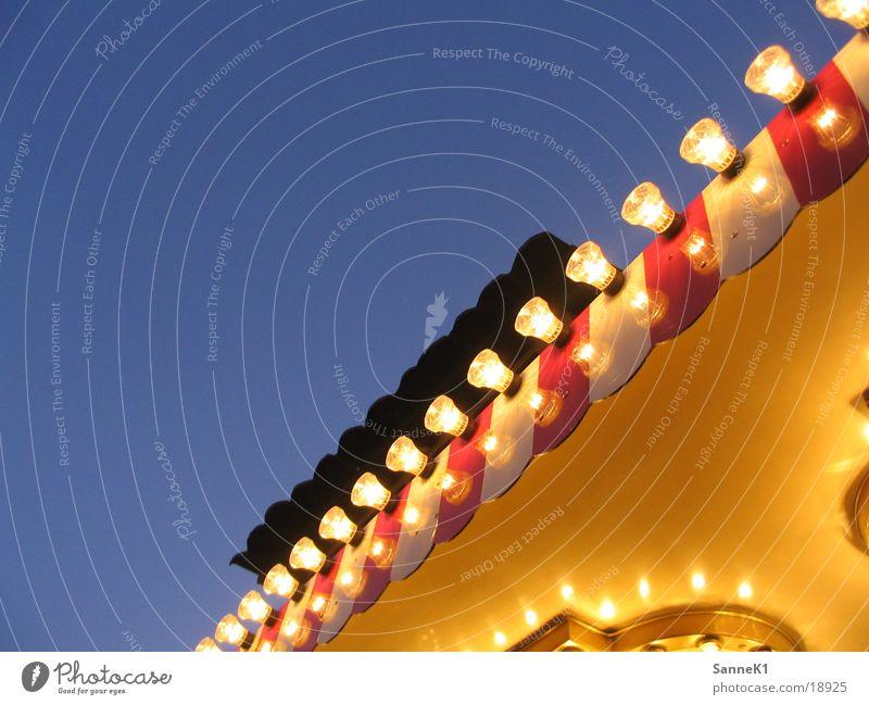 Kirmeslichter Jahrmarkt Lichterkette Lampe rot weiß Freizeit & Hobby Wohnung