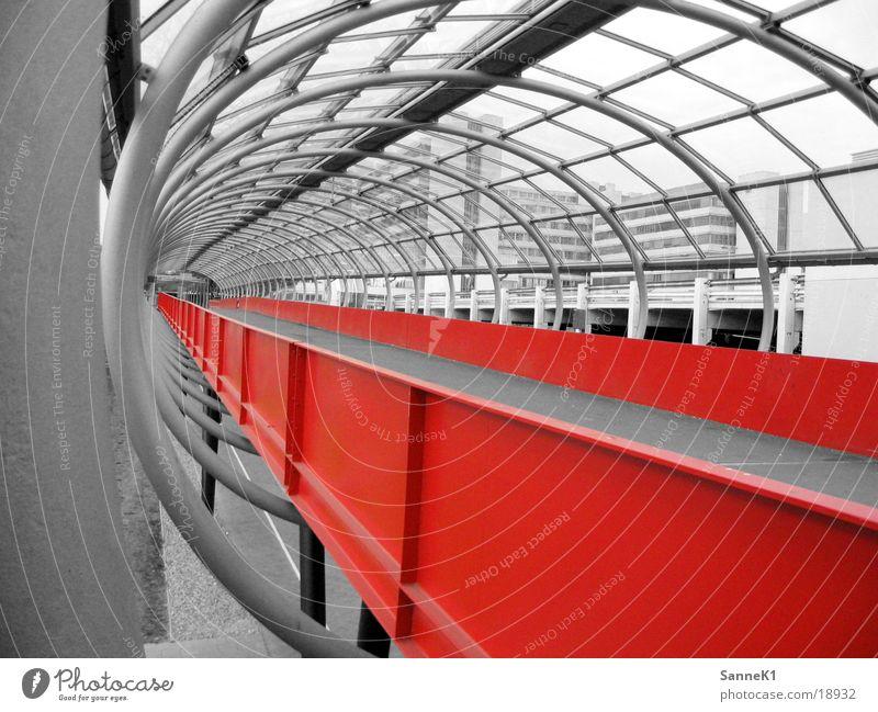 Durchgang Fußgängerübergang Brücke Fussgängebrücke Gang