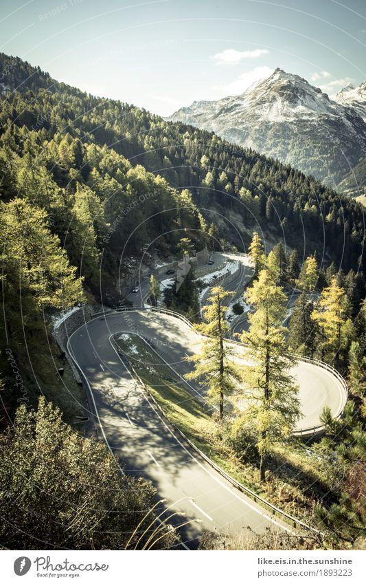 Biker- Glück Ferien & Urlaub & Reisen Ausflug Sommerurlaub Umwelt Landschaft Herbst Felsen Alpen Berge u. Gebirge Gipfel Schneebedeckte Gipfel Verkehr