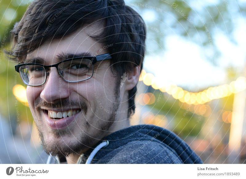 Grinsebacke Mensch Ferien & Urlaub & Reisen Jugendliche Junger Mann Erholung Freude 18-30 Jahre Gesicht Erwachsene Leben Lifestyle natürlich Glück lachen