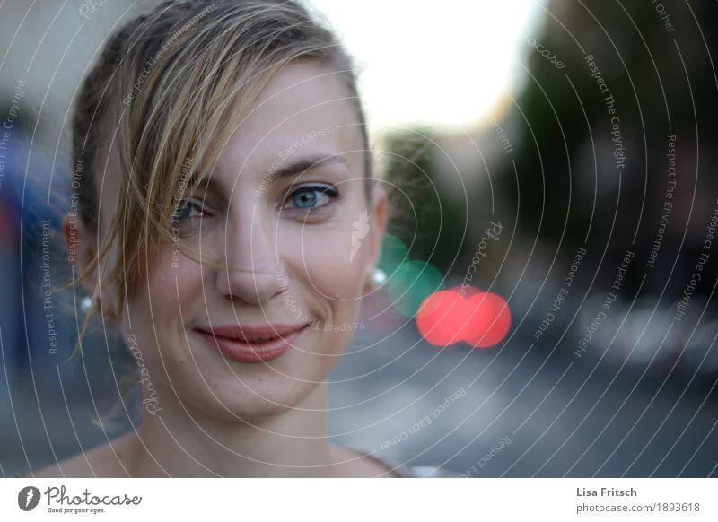 Enida² Ferien & Urlaub & Reisen Jugendliche schön Junge Frau Erotik Erholung 18-30 Jahre Gesicht Erwachsene Leben Lifestyle natürlich feminin Haare & Frisuren