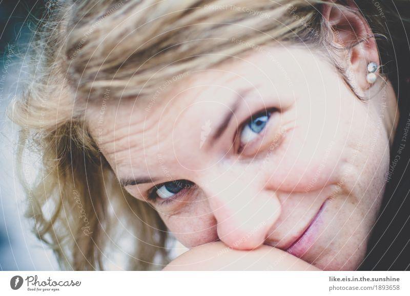 700 gute Momente Frau Natur Ferien & Urlaub & Reisen Jugendliche blau schön Junge Frau Ferne Strand Gesicht Erwachsene Leben natürlich feminin Kopf