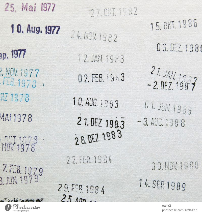 Termindruck Papier Datumsstempel Termin & Datum Schriftzeichen Ziffern & Zahlen Vergangenheit Erinnerung früher altmodisch Bibliothek Rückgabe Buch Bucheinband