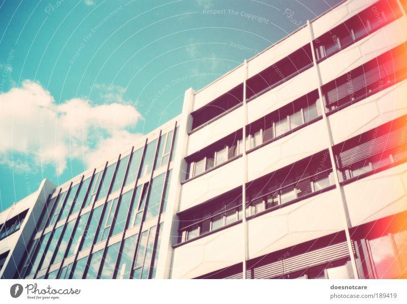 the name of this thing is not love. Stadt rot Gebäude Architektur Studium modern Sachsen Leipzig diagonal zyan Verzerrung Bildung Lichtfleck Light leak