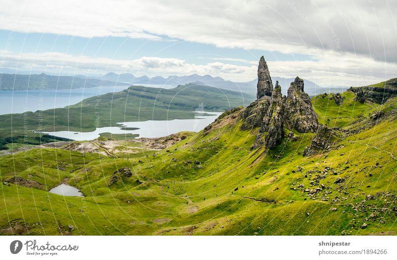The Storr. Himmel Natur Ferien & Urlaub & Reisen Landschaft ruhig Ferne Berge u. Gebirge Umwelt Gesundheit außergewöhnlich Freiheit Tourismus Felsen