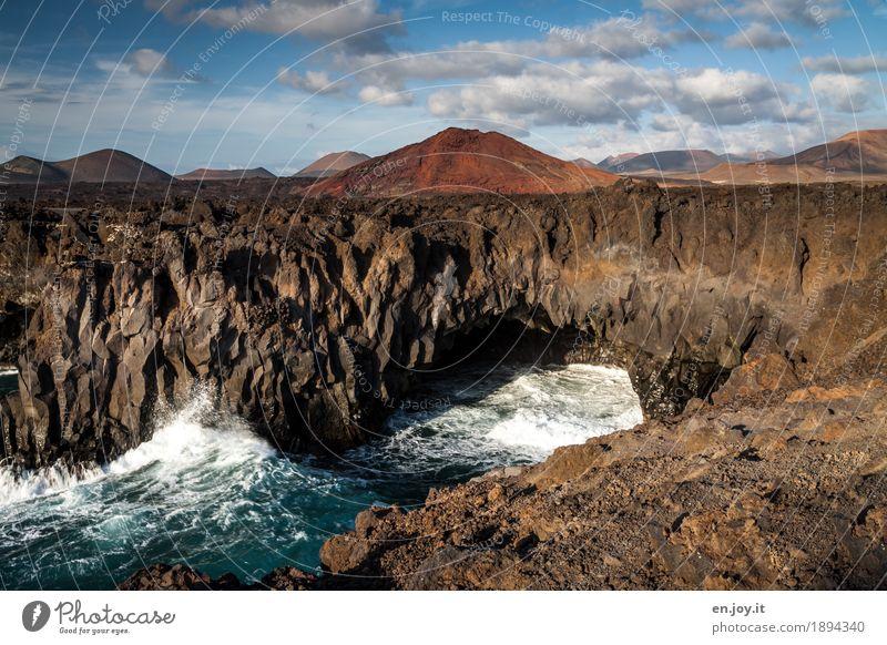 Los Hervideros Ferien & Urlaub & Reisen Sommerurlaub Meer Wellen Natur Landschaft Urelemente Himmel Wolken Vulkan Küste Insel Lanzarote Kanaren Klippe Lava