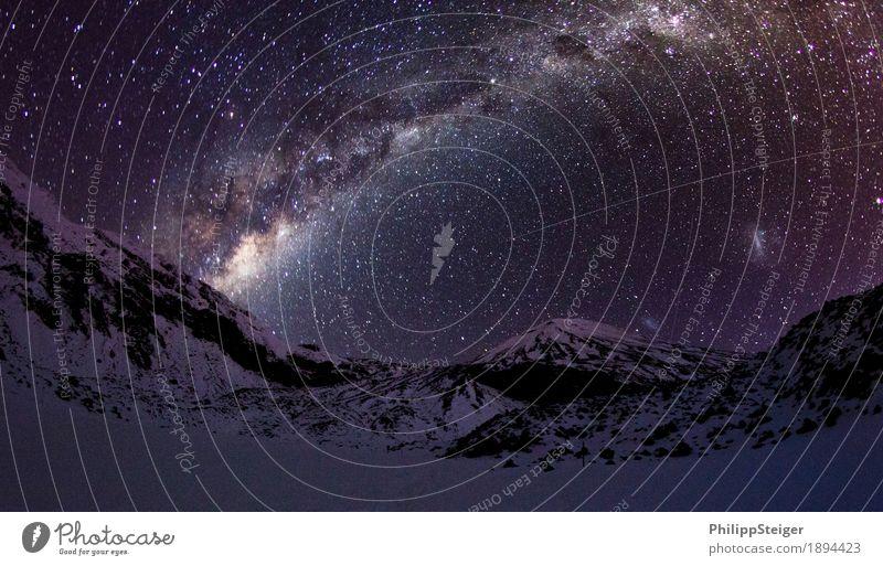 Kalte Nacht im Tongariro National Park Umwelt Natur Landschaft Himmel Wolkenloser Himmel Nachthimmel Stern Berge u. Gebirge Gipfel Schneebedeckte Gipfel frieren