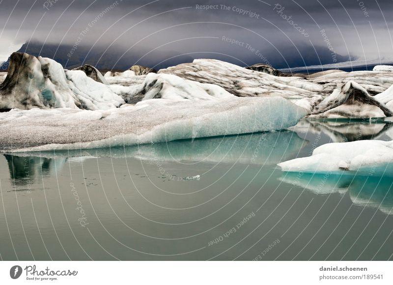 Jökulsarlon Natur Wasser weiß blau Ferien & Urlaub & Reisen Ferne kalt Freiheit Berge u. Gebirge Landschaft Umwelt grau See Wetter Eis Ausflug