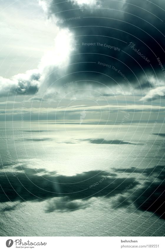 irgendwo dazwischen Himmel Natur Ferien & Urlaub & Reisen Meer Wolken Ferne Freiheit Landschaft Regen Wellen Zufriedenheit Wind Ausflug Flugzeug Tourismus