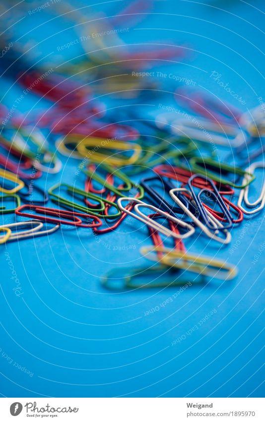 Klammeraffen blau Freundschaft Arbeit & Erwerbstätigkeit Büro Schriftzeichen Zeichen Ziffern & Zahlen Team Zusammenhalt Politik & Staat verbinden Büroarbeit