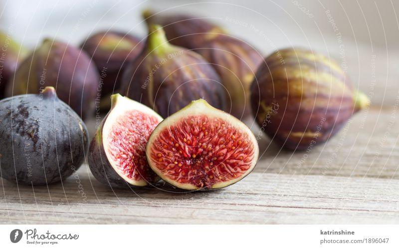 weiß Frucht frisch Italien exotisch Scheibe Diät Vitamin Holztisch geschnitten Konsistenz organisch Italienisch purpur Feige Keil