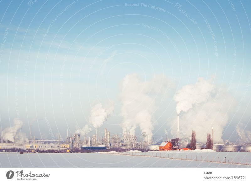 Fabrikschnee Arbeit & Erwerbstätigkeit Industrie Umwelt Landschaft Urelemente Luft Himmel Wolkenloser Himmel Winter Klima Schönes Wetter Schnee Schornstein