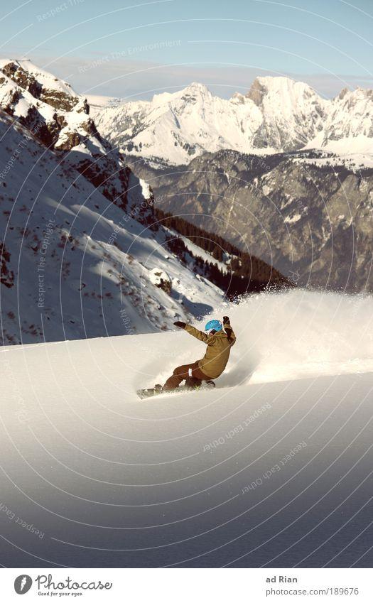 Snowsurf | 50 Mensch Natur Landschaft Freude Winter Berge u. Gebirge Bewegung Schnee Stil Sport Freiheit hell Felsen Freizeit & Hobby elegant Idylle