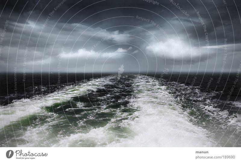 Reisewetter Wasser Meer Ferien & Urlaub & Reisen Ferne dunkel Freiheit Landschaft Umwelt Regen Wetter Wellen Wind Horizont Ausflug Tourismus Klima