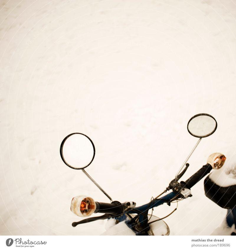 SPIEGELGLATT weiß Winter ruhig kalt Schnee Tod Eis hell Straßenverkehr Kreis Frost rund Motorrad Fahrzeug Kleinmotorrad Wind