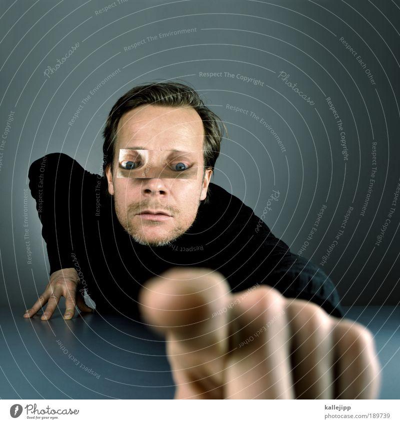 die welt mit anderen augen sehen Mann Hand Gesicht Porträt Auge Leben Mensch Kopf Haare & Frisuren Erwachsene Kunst Mund Arme Haut Nase Finger